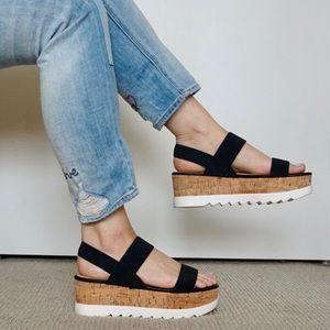 Steve Madden Platform Sandals ✨